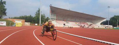 Marieke Vervoort entrenando para los Juegos de Río en la pista de Lovaina, la semana pasada.