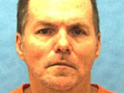 Con una esvástica tatuada, Mark James Asay, mató en 1987 de un balazo en el estómago a un afroamericano. Su ejecución ha tenido lugar este jueves por la tarde
