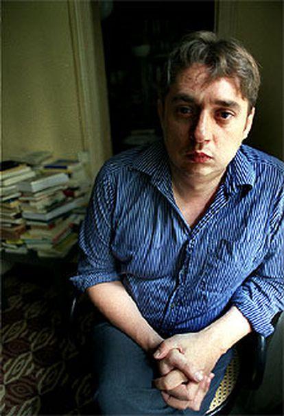 El escritor Francisco Casavella.