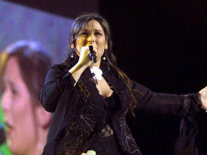 Rosa, durante su actuación en la 47ª edición del Festival de Eurovisión en Tallin, Estonia en 2002