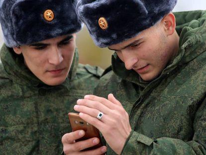 Dos soldados chechenos el pasado noviembre.