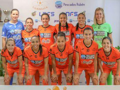 El fútbol sala de Burela (Lugo) establece que, en caso de embarazo, el contrato de la jugadora quedará renovado de manera automática