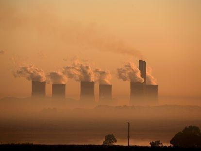 Una central eléctrica de carbón en Sasolburg, Sudáfrica.
