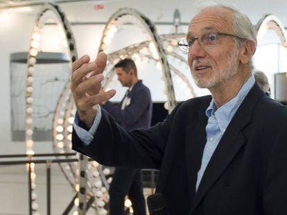 El arquitecto italiano Renzo Piano, hoy en el Centro Botín en Santander, que él ha diseñado junto a Luis Vidal ante una instalción de Carsten Höller.