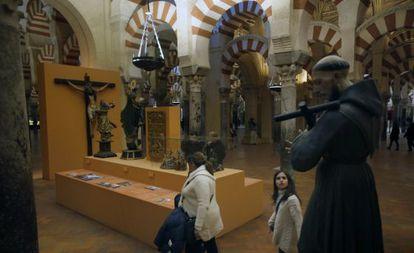 Exposición temporal Córdoba, ciudad conventual, dentro de la mezquita-catedral.