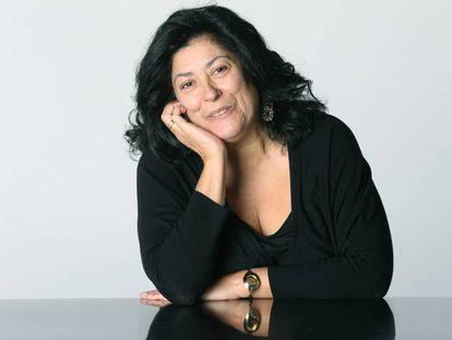 """Almudena Grandes: """"La piratería es un problema político, no tecnológico"""""""