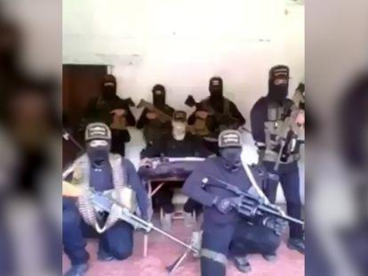 Fragmento del video en el que el Cartel Jalisco amenaza a la periodista Azucena Uresti.
