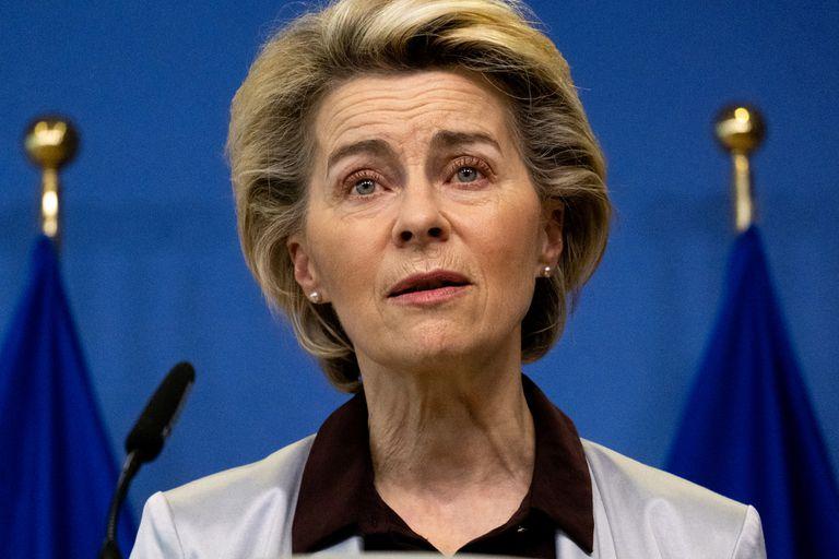 La presidenta de la Comisión Europea, Ursula von der Leyen, anunciando el acuerdo con Moderna.