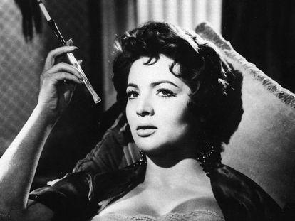 Fotograma de la película 'El último cuplé' (1957).