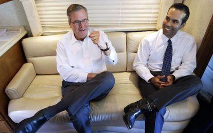 Jeb Bush y su hijo George P.