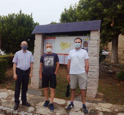 Los promotores de Oportunidades Rurales por Sayago: Domingo Martín, Francisco González y José Antonio de la Mano, en Almeida de Sayago.