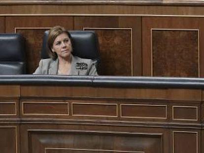 La ministra de Defensa, María Dolores de Cospedal, durante el debate de la reforma de la Ley de Secretos Oficiales.