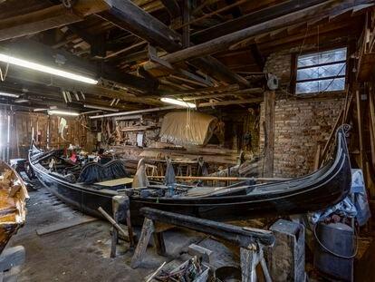 La fábrica de góndolas Tramontin, fundada en 1884, y que llevan hoy Elena y Elisabetta, bisnietas del fundador.