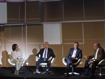 De izquierda a derecha: Montserrat Dominguez, Juan Ignacio Crespo, Javier Rodríguez Zapatero y Rodolfo Carpintier