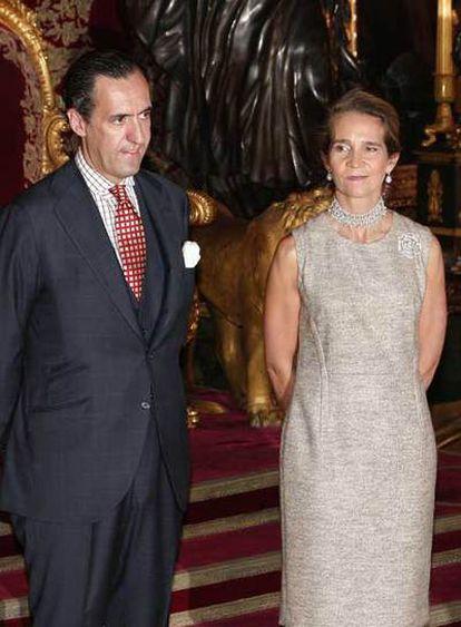 Los duques de Lugo, en la recepción de la Fiesta Nacional.
