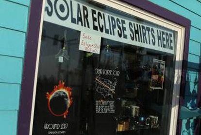 La ciudad de Depoe Bay, en Oregón, se prepara para el eclipse.