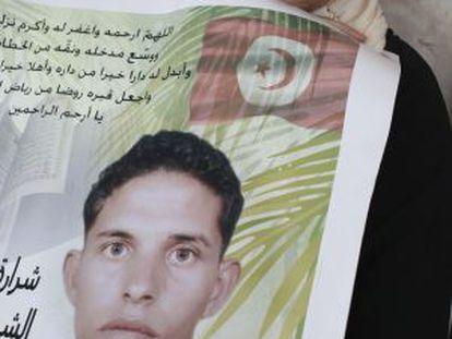 Manoubia Bouazizi, madre del joven tunecino Mohamed Bouazizi, quien prendiéndose fuego originó la cadena de revueltas populares.