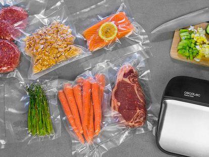 Elige el modelo de envasadora al vacío Sealvac Steel, de la firma Cecotec, para preservar tus alimentos durante más tiempo.
