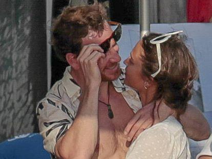 Los actores Michael Fassbender y Alicia Vikander este fin de semana en Ibiza.