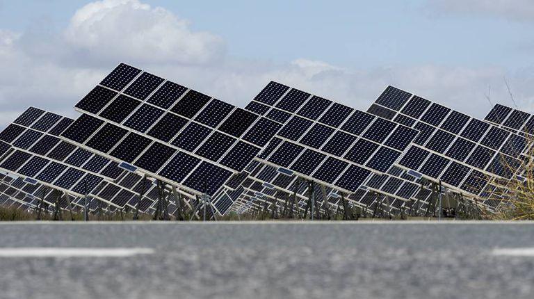 Planta de energía solar en Sevilla.
