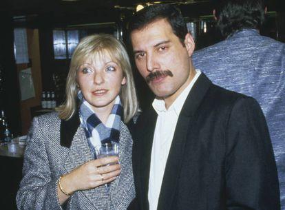 Freddie Mercury y Mary Austin.