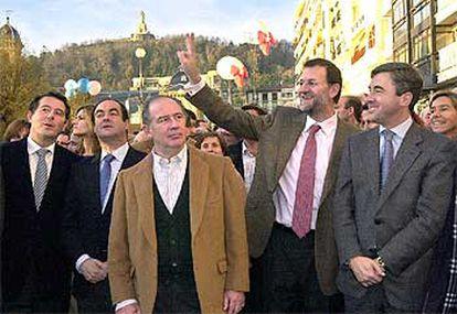 José María Michavila, José Bono, Rodrigo Rato, Mariano Rajoy y Ángel Acebes.