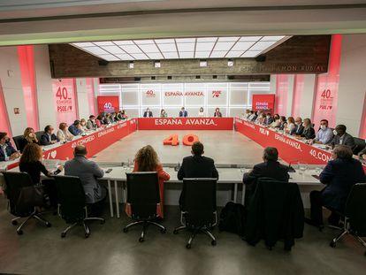 Reunión de la última Ejecutiva del PSOE antes del 40.º Congreso Federal, que se celebrará del 15 al 17 de octubre en Valencia.