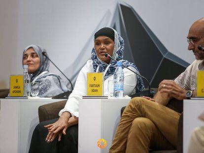 Los finalistas de los premios Aurora Prize Ms. Fartuun Adan, Jamila Afghani y Tom Catena.