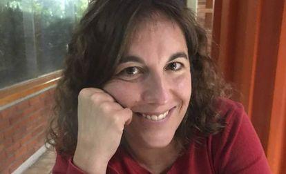 La escritora y periodista Yaiza Santos.