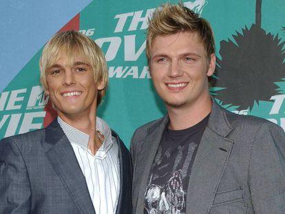 Aaron y Nick Carter en los premios MTV de 2006, celebrados en Los Ángeles (EE UU).