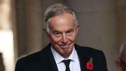 El ex primer ministro británico Tony Blair, tras una misa del Día del Recuerdo, el 8 de noviembre en Londres.