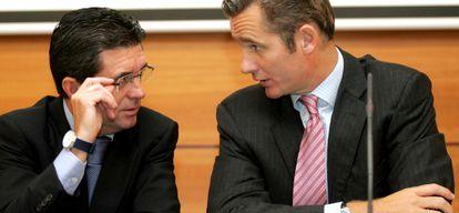 El duque de Palma y Matas presentan el encuentro Illes Balears Fòrum en 2005.