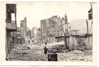 Bombardeo de Gernika en abril de 1937.