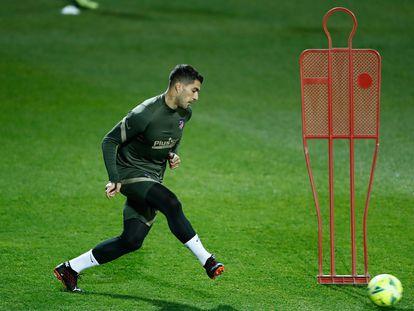 Luis Suárez, en un entrenamiento previo al derbi de este sábado.