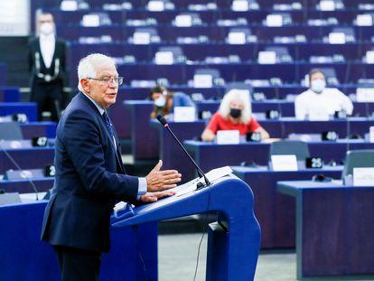 El jefe de política exterior de la UE, Josep Borrell, pronuncia un discurso sobre la situación en Afganistán durante una sesión plenaria en el Parlamento Europeo en Estrasburgo, Francia, el pasado 14 de septiembre.