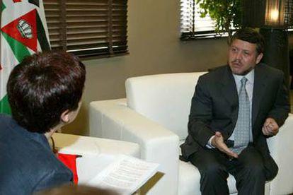 El Rey Abdalá II de Jordania, durante una entrevista con la periodista Ángeles Espinosa