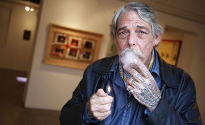 Felipe Ehrenberg, en la galería Freijo, de Madrid.