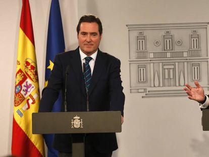 El presidente de Cepyme, Gerardo Cuerva, a la derecha, junto al presidente de la CEOE, Antonio Garamendi.