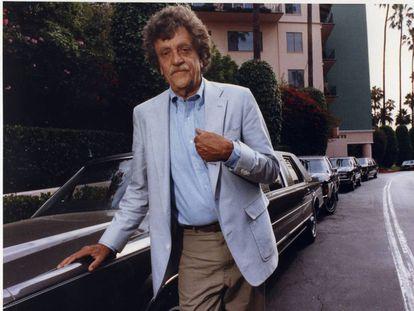 Kurt Vonnegut en Beverly Hills, Los Ángeles, en 1990.