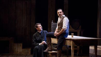 Pérez Ponce y Marcial Álvarez en la adaptación teatral de 'Los pazos de Ulloa'