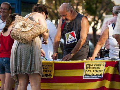 Puesto de la Asociación de Parados de El Prat.