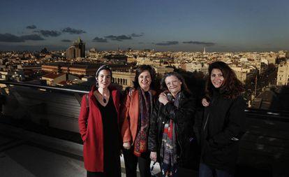 De izquierda a derecha: Esther Sánchez, ingeniera aeronáutica; María del Mar Martínez, socia senior de McKinsey; Juana Hervás, camionera; y Bárbara Lennie, actriz.