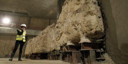 Restos de una iglesia hallados en 2008 en las obras de Sol.