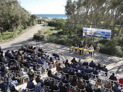Presentación del plan de infraestructura verde del litoral en El Saler (Valencia).