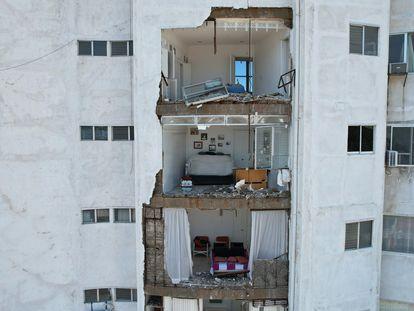 Un hotel afectado por el sismo de este martes, en Acapulco (Guerrero).