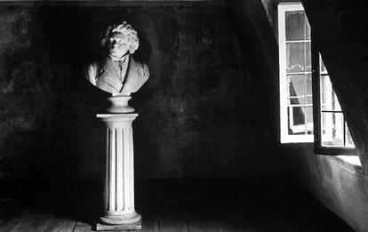 Busto de Beethoven en su casa natal de Bonn, en una imagen de 1934.