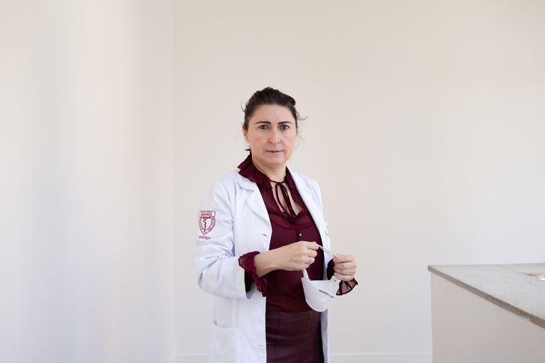 La brasileña Denise Abranches participa como voluntaria en el estudio de la vacuna de Oxford.