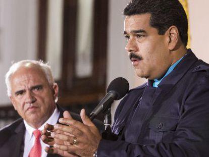 Maduro y el secretario general de Unasur, Ernesto Samper, en febrero pasado.
