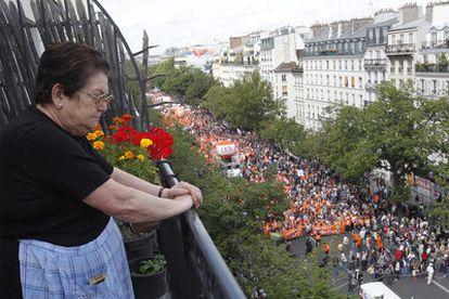 La huelga general del 24 de junio aglutinó a cerca de 2 millones de personas, según los organizadores. La policía la cifró en unos 800.000.
