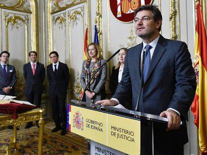 Rafael Catalá durante la toma de posesión del abogado general del Estado.